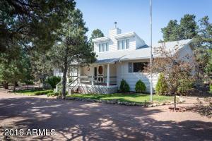 3089 PINEWOOD Drive, Overgaard, AZ 85933