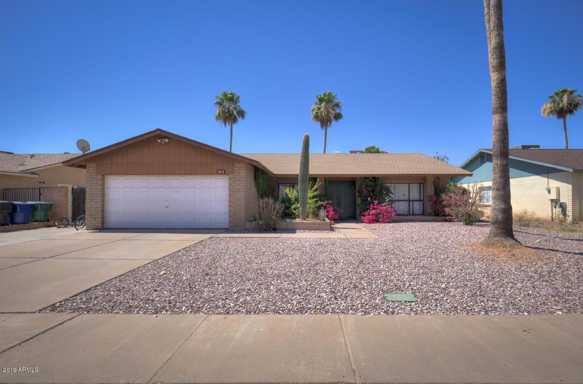 Photo of 913 W PAMPA Avenue, Mesa, AZ 85210