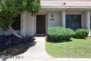 8838 N New World Drive, Glendale, AZ 85302