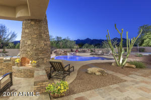 Splendid sweeping McDowell Mountain views...enjoy your beautiful backyard!