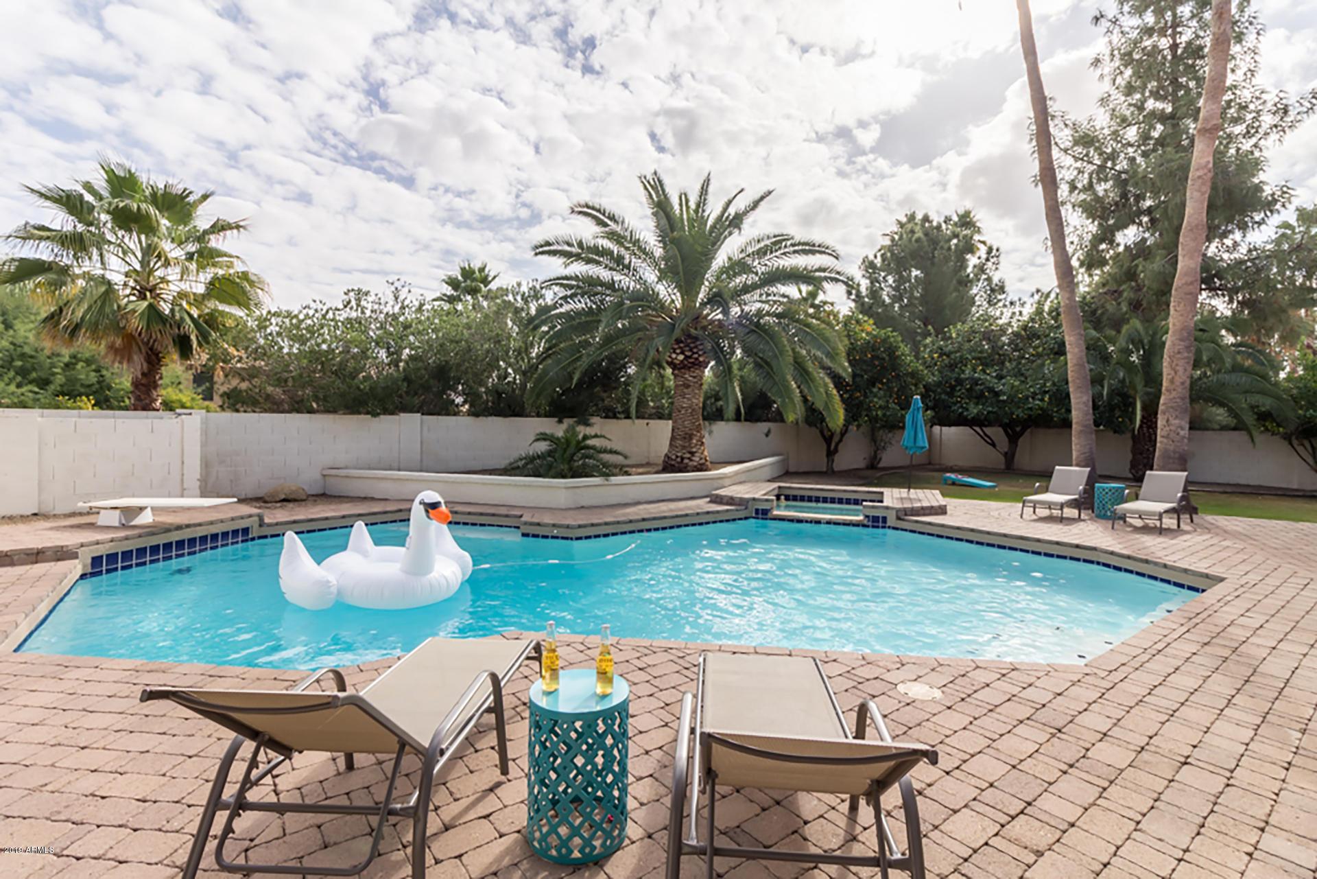 Photo of 12537 N 76TH Place, Scottsdale, AZ 85260