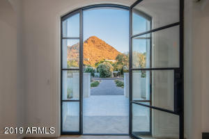Property for sale at 5430 E Sapphire Lane, Paradise Valley,  Arizona 85253