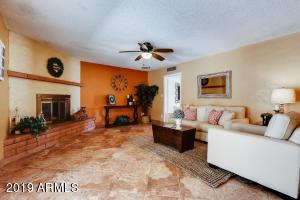 2241 W CABANA Avenue, Mesa, AZ 85202