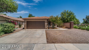 BEAUTIFUL 4 BEDROOM, 2 CAR GARAGE HOME.