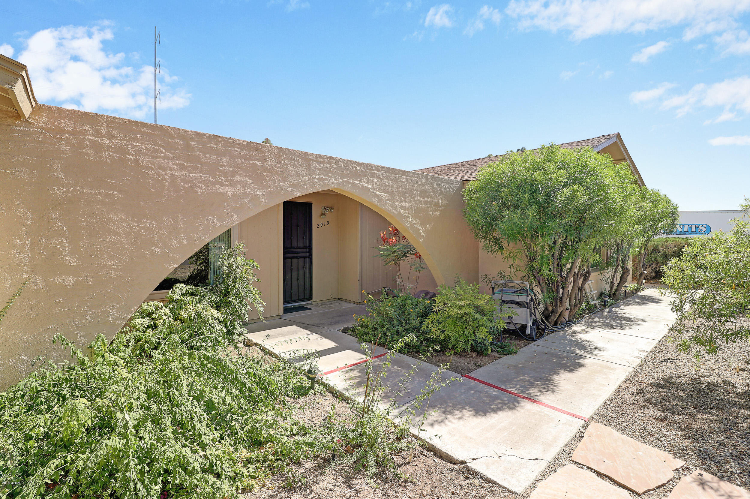 2919 W MCRAE Way, Deer Valley, Arizona