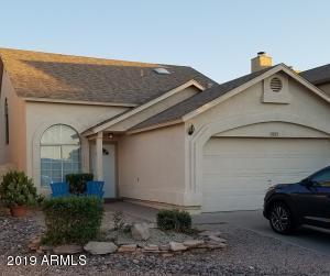 5253 W WHITTEN Street, Chandler, AZ 85226