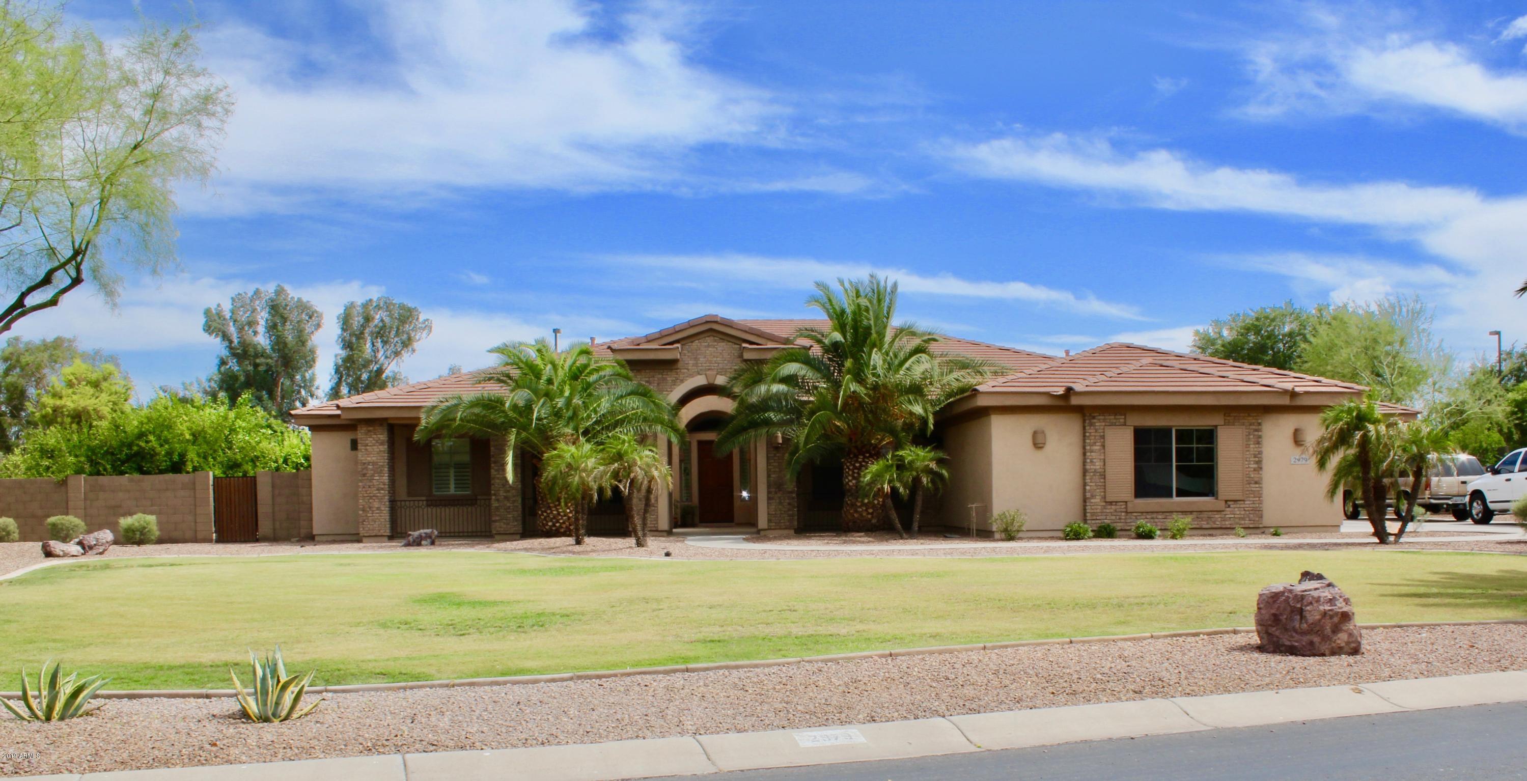 Photo of 2979 E LOWELL Avenue, Gilbert, AZ 85295
