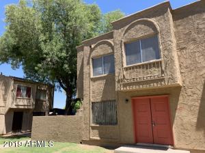 4252 N 68TH Drive, Phoenix, AZ 85033