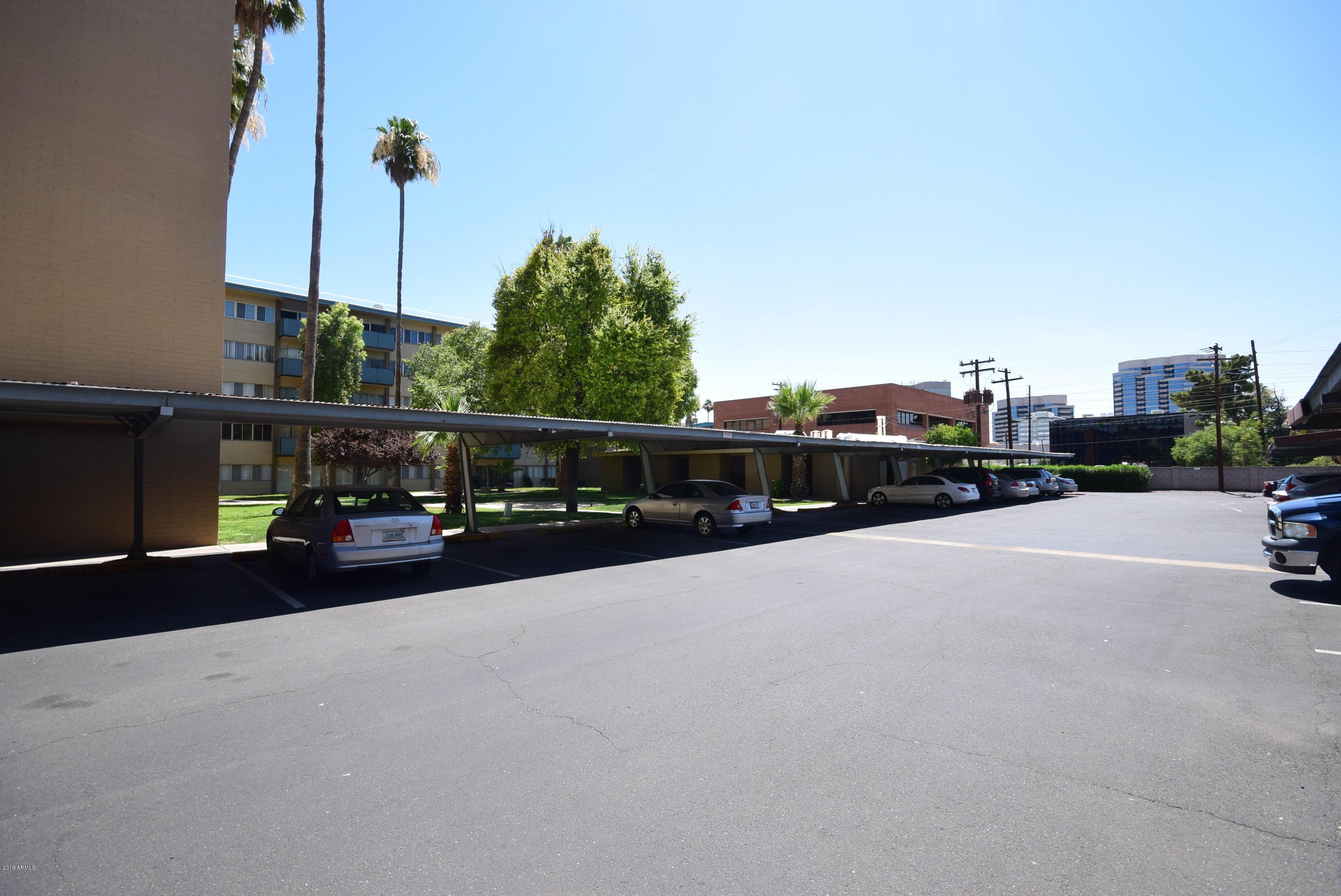 Photo of 353 E THOMAS Road #C108, Phoenix, AZ 85012