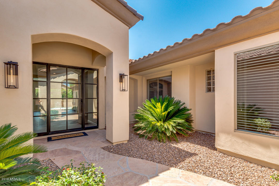 Photo of 6610 S BOGLE Avenue, Chandler, AZ 85249