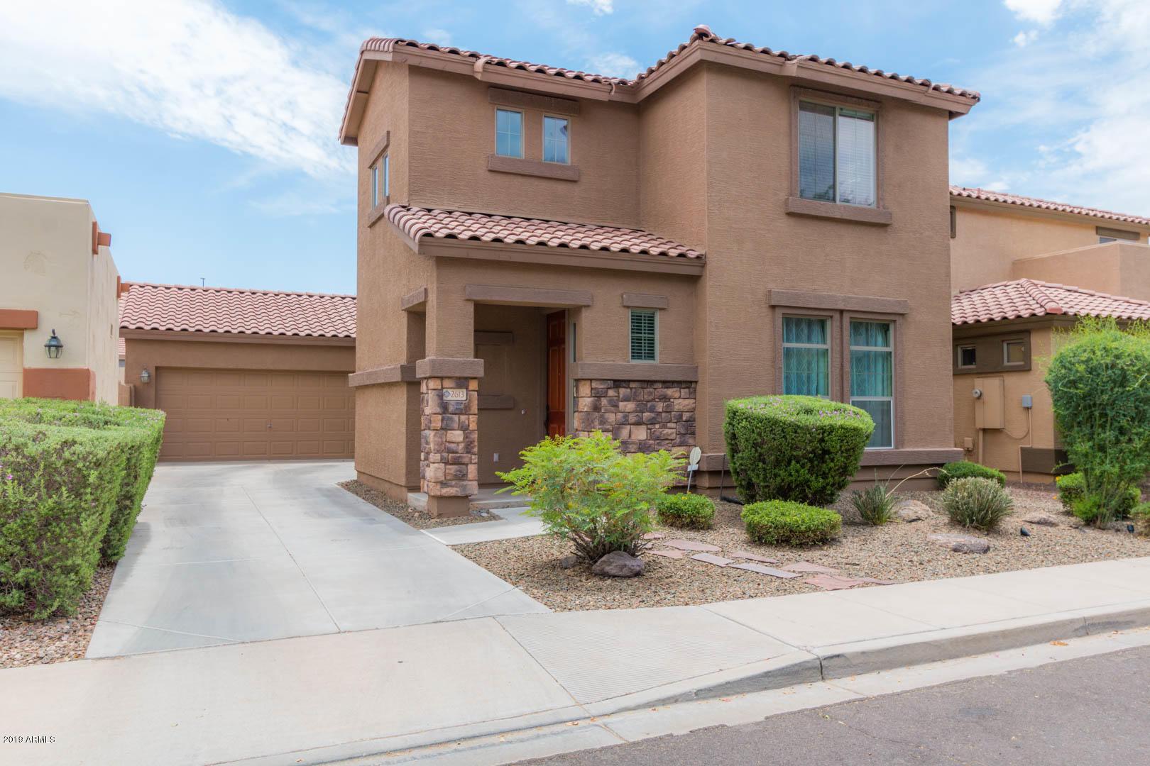 Photo of 2613 E HAWKEN Way, Chandler, AZ 85286