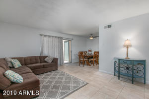5924 W TOWNLEY Avenue, Glendale, AZ 85302