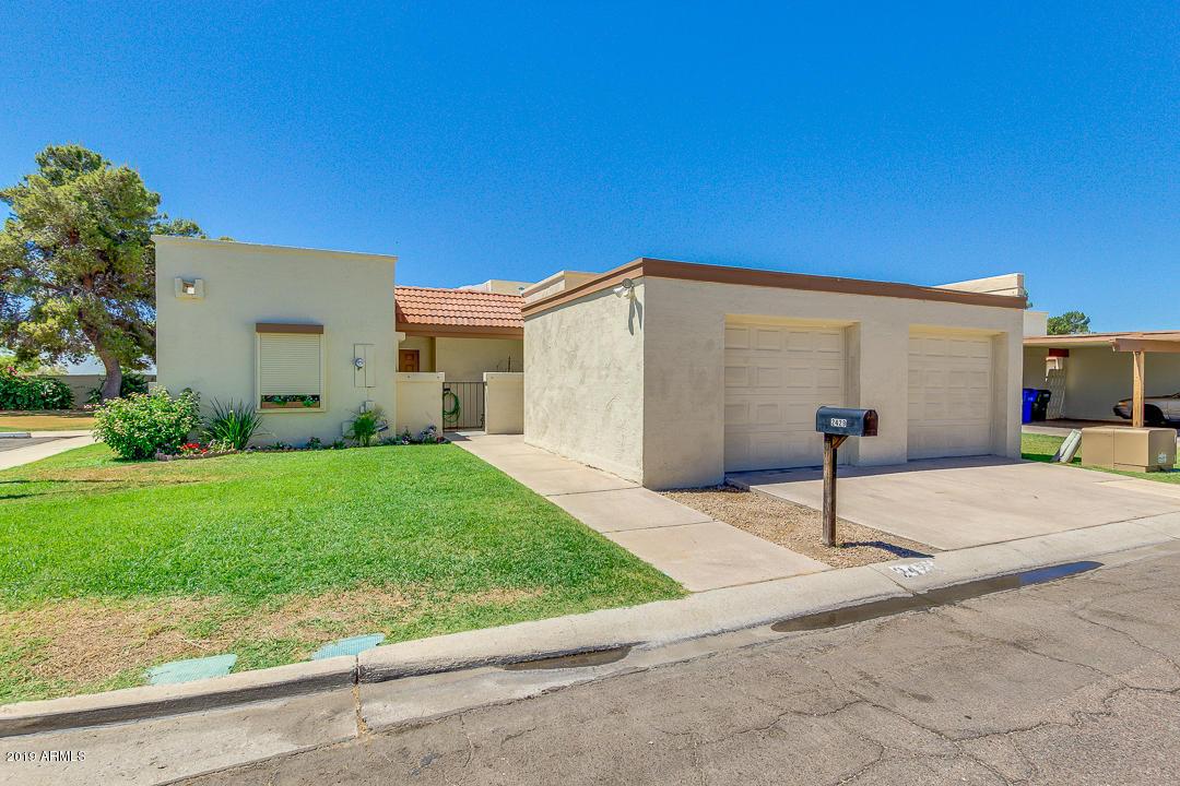 Photo of 2429 W WILLOW Avenue, Phoenix, AZ 85029