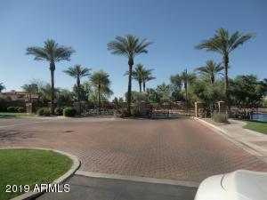1710 W BARTLETT Way, Chandler, AZ 85248