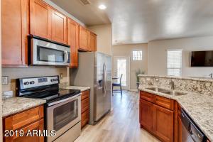 1367 S COUNTRY CLUB Drive, 1211, Mesa, AZ 85210