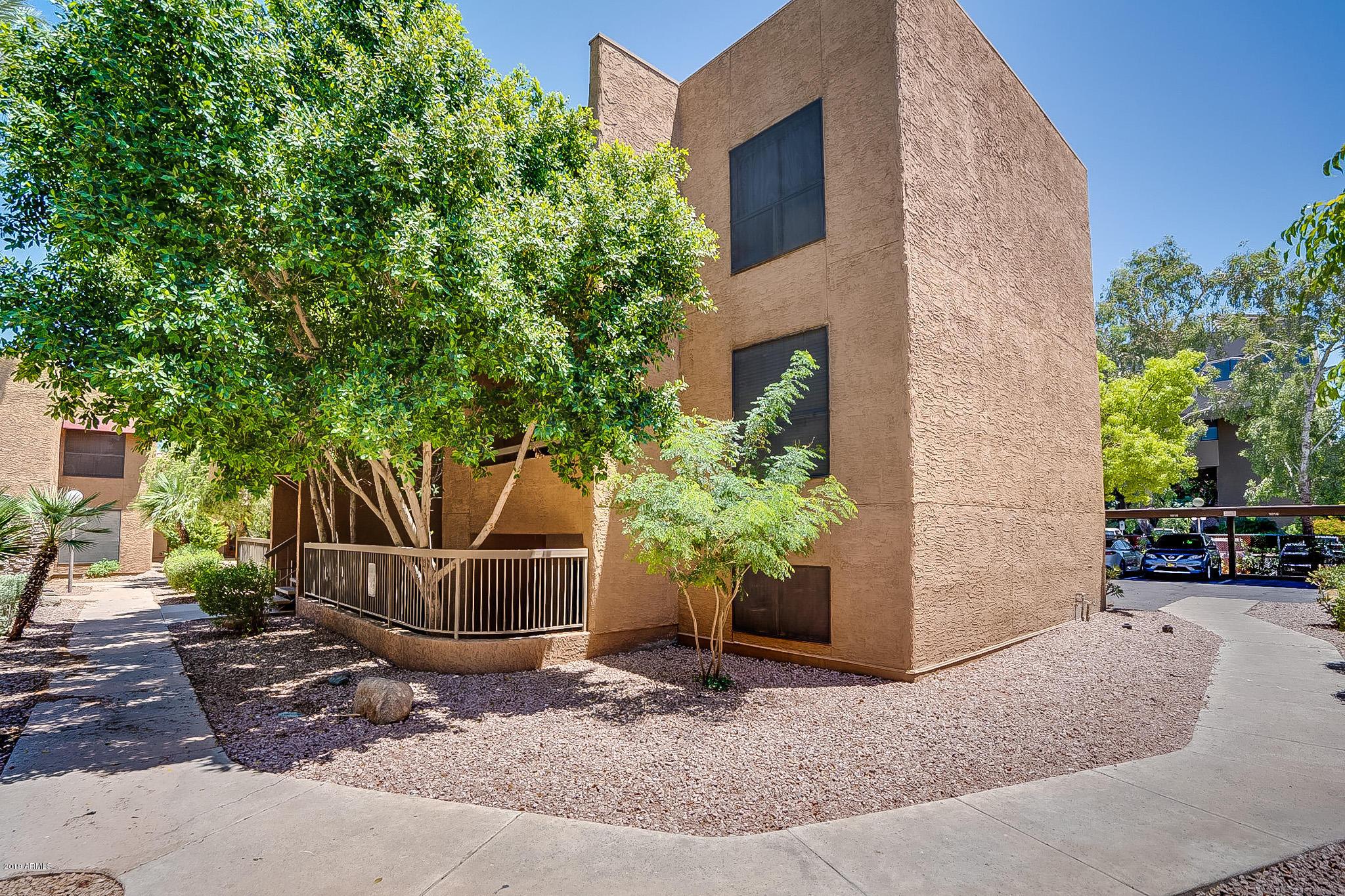 Photo of 2625 E INDIAN SCHOOL Road #105, Phoenix, AZ 85016