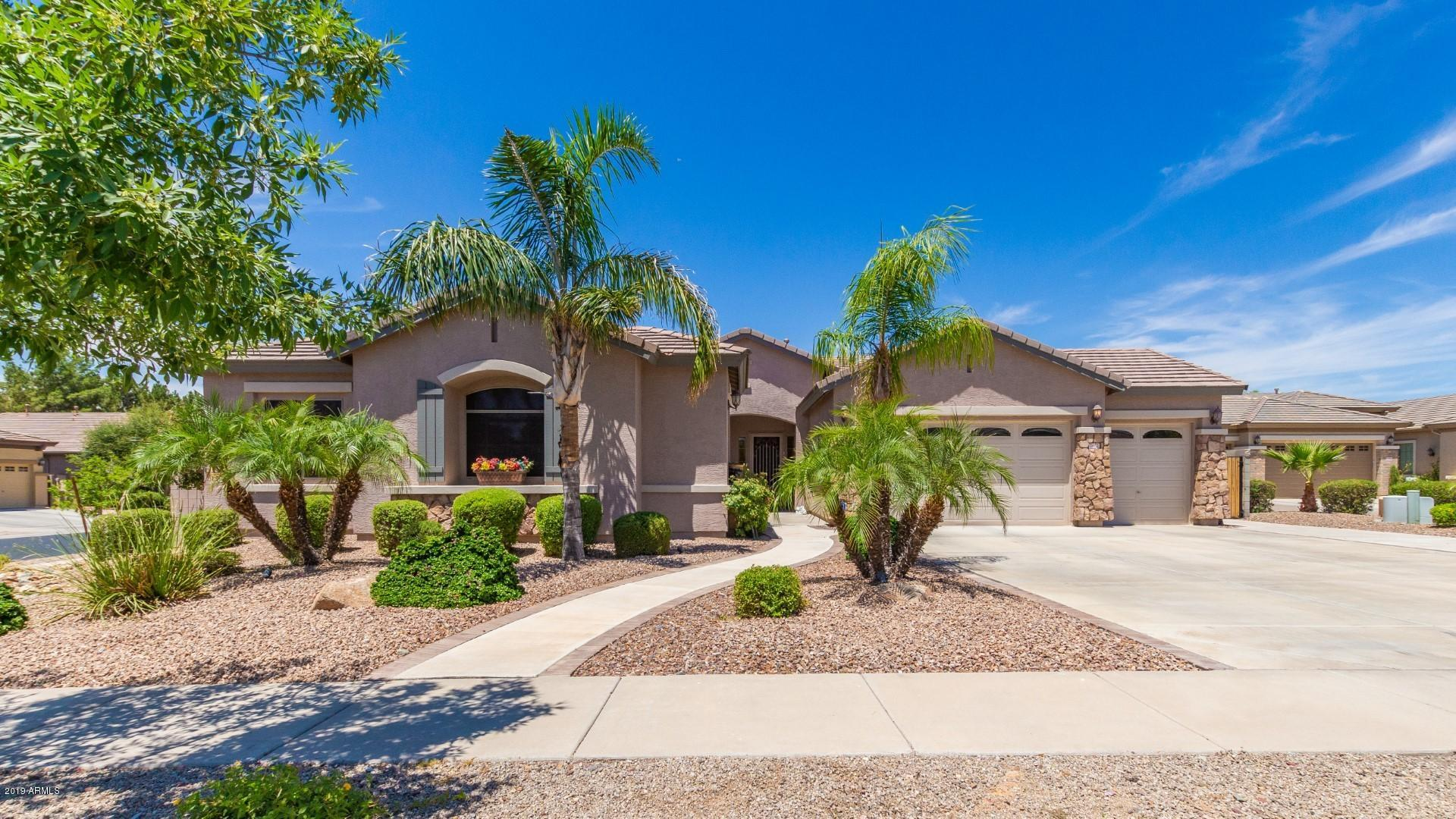 7402 N 83RD Drive, Glendale, Arizona