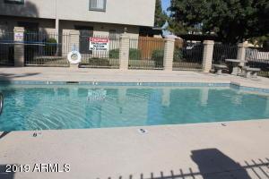 6066 W GOLDEN Lane, Glendale, AZ 85302