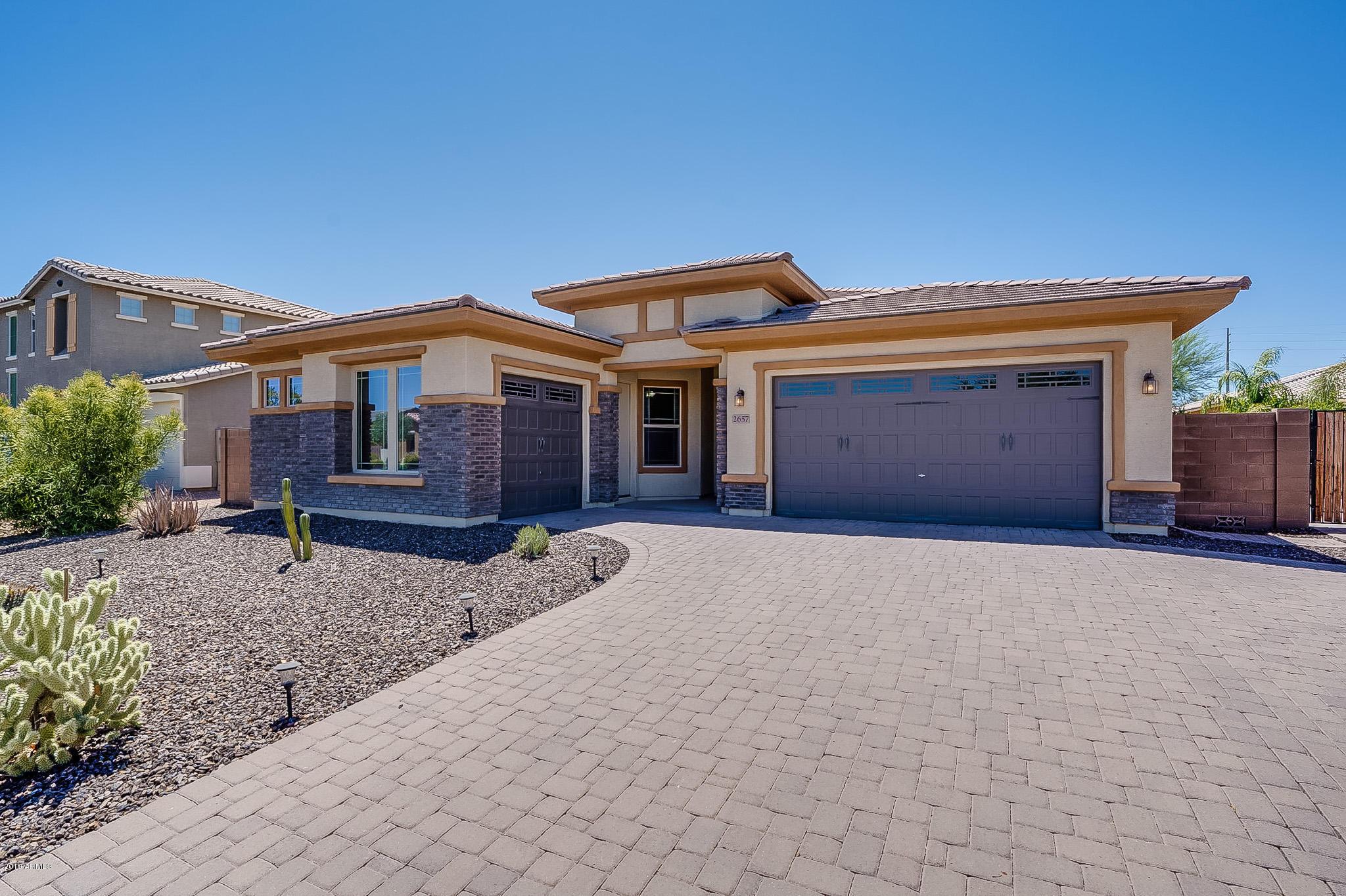 Photo of 2657 E ORION Street, Mesa, AZ 85213