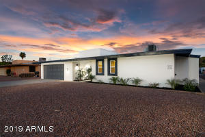 521 W PEBBLE BEACH Drive, Tempe, AZ 85282
