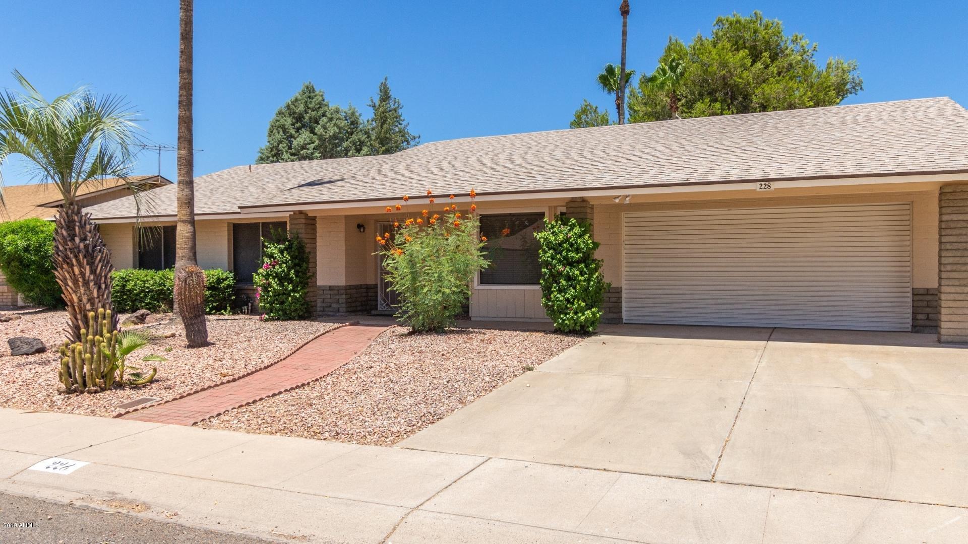 228 E ANGELA Drive, Phoenix North in Maricopa County, AZ 85022 Home for Sale