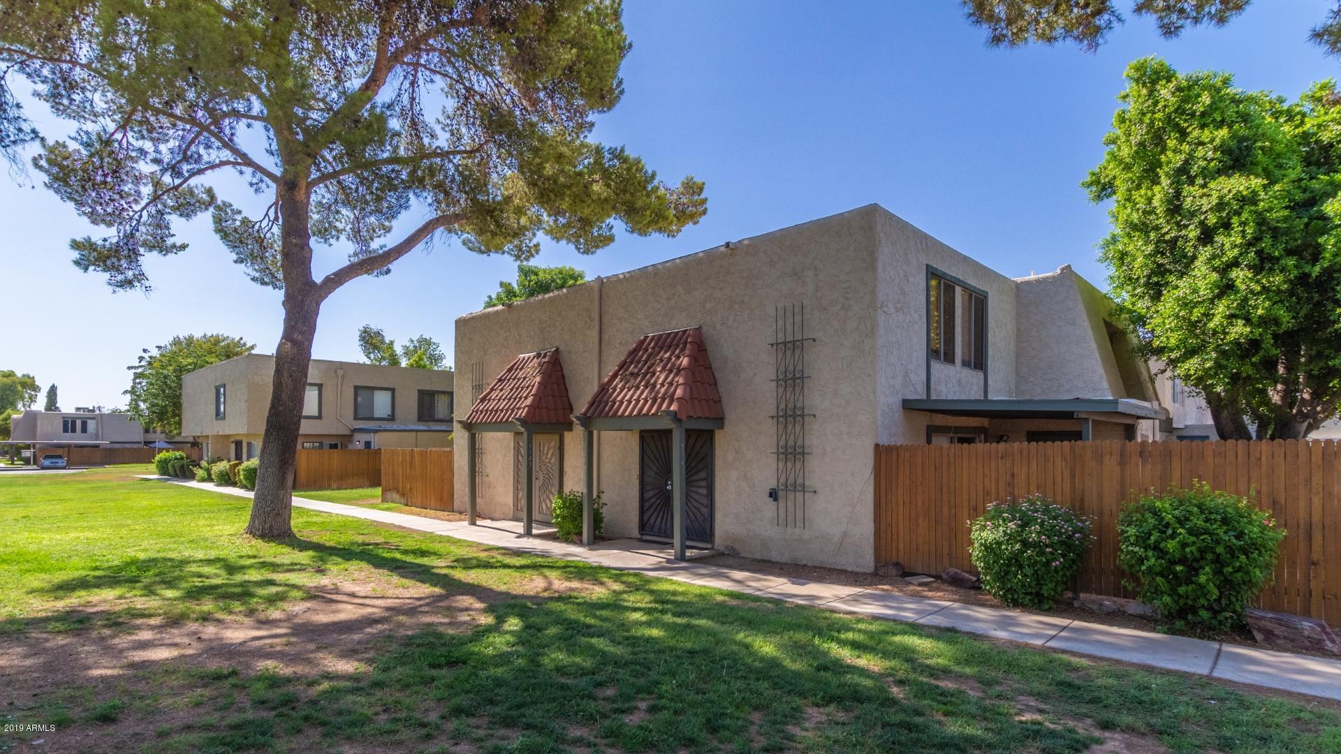 Photo of 5941 W TOWNLEY Avenue, Glendale, AZ 85302