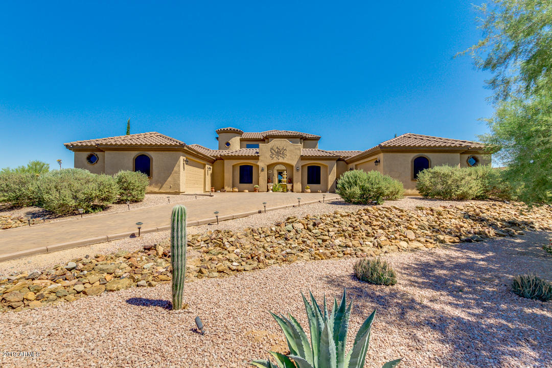 Photo of 6726 E DIXILETA Drive, Cave Creek, AZ 85331