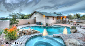 Dual heated pool and spa, gas and electric
