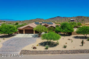 922 E SADDLE MOUNTAIN Road