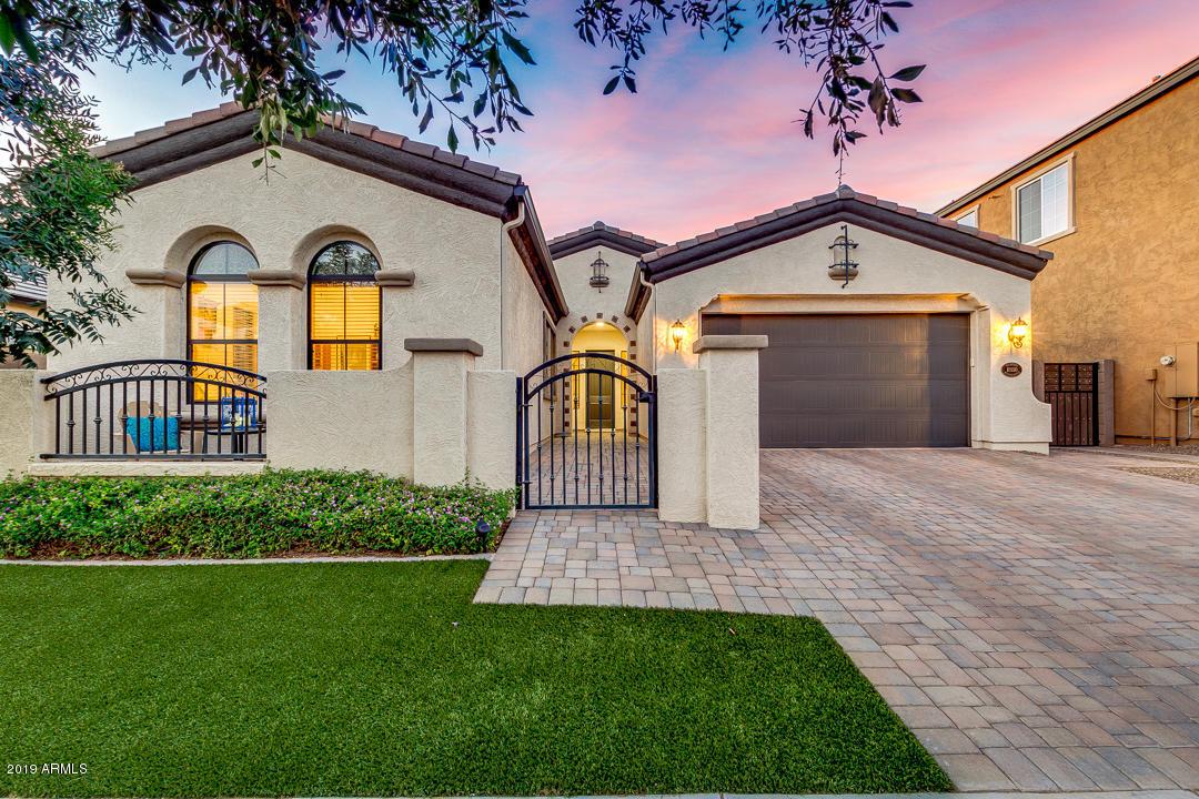 Photo of 10550 E MENDOZA Avenue, Mesa, AZ 85209