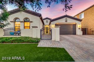 10550 E MENDOZA Avenue, Mesa, AZ 85209