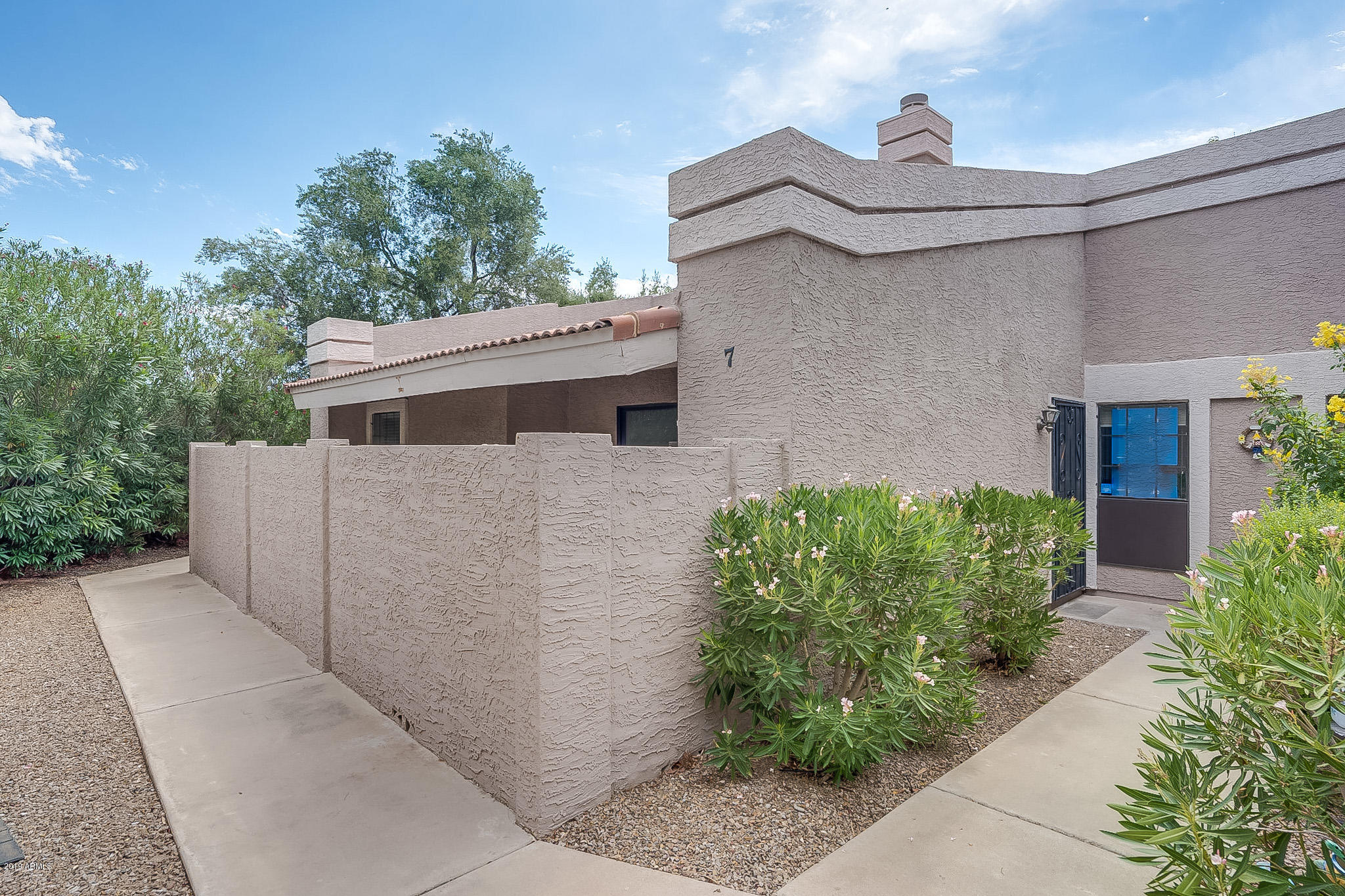 Photo of 1976 N LEMON TREE Lane #7, Chandler, AZ 85224