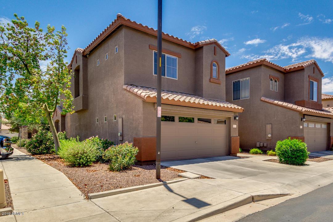 Photo of 2600 E SPRINGFIELD Place #54, Chandler, AZ 85286