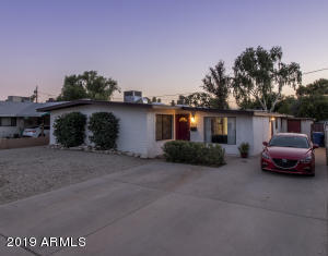 """$2500 """"allowance in price"""" for double carport (not being installed by seller). So close to everything - freeways, downtown Tempe, Metro, ASU, shopping, libraries, events, etc."""