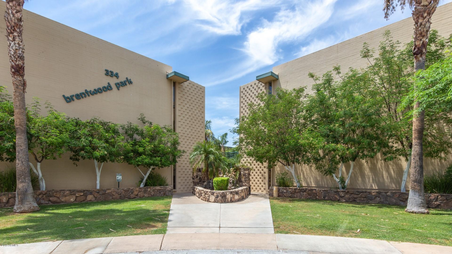 Photo of 334 W MEDLOCK Drive #C203, Phoenix, AZ 85013