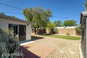 5720 N 13th Place, Phoenix, AZ 85014