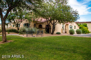 15257 W OLD OAK Lane, Surprise, AZ 85379