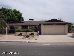 3037 W MARCONI Avenue, Phoenix, AZ 85053