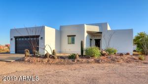 822 N CORTEZ Road, Apache Junction, AZ 85119