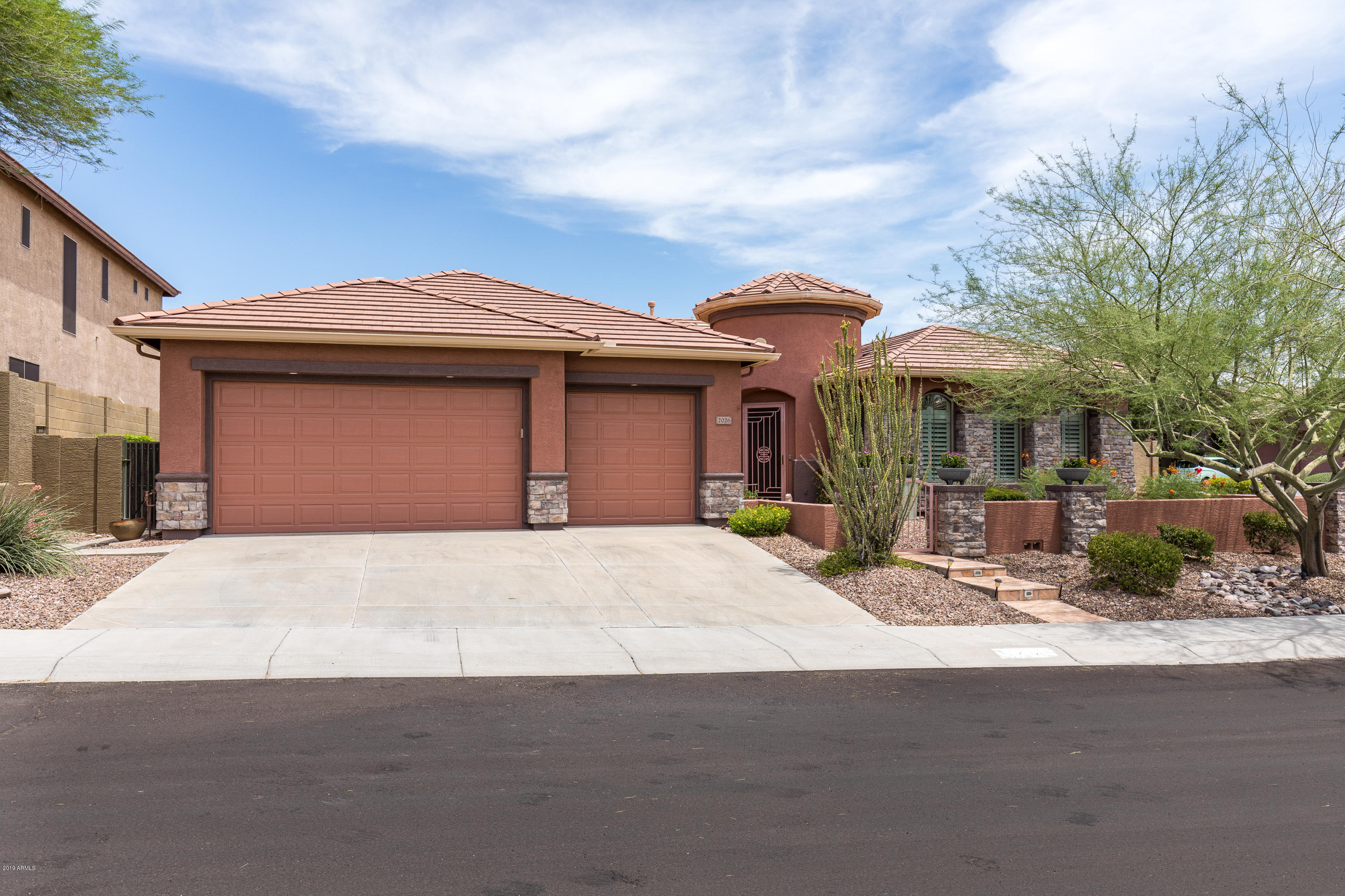 2026 W HIDDEN TREASURE Way, Phoenix North, Arizona