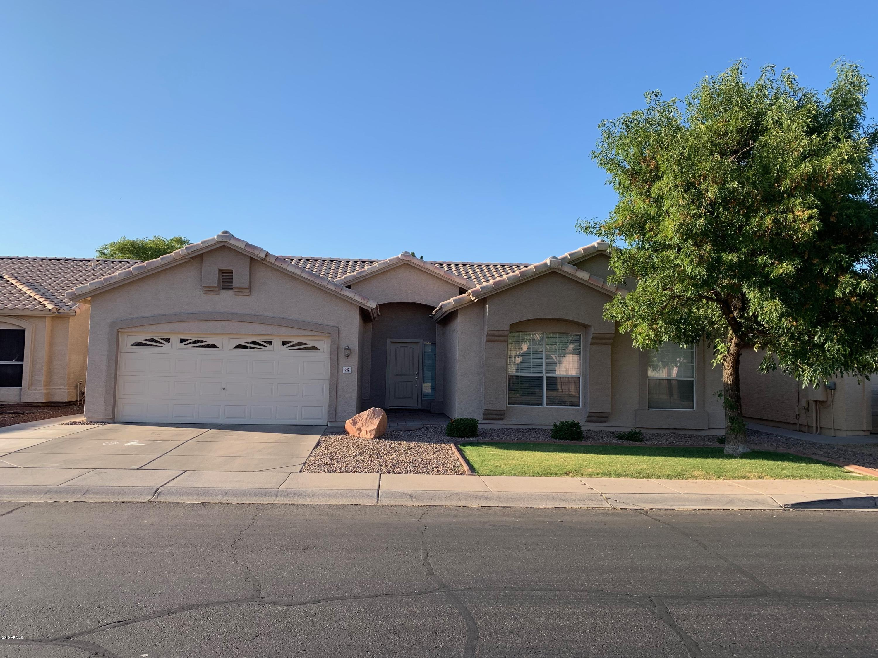 Photo of 642 E IRONWOOD Drive, Chandler, AZ 85225
