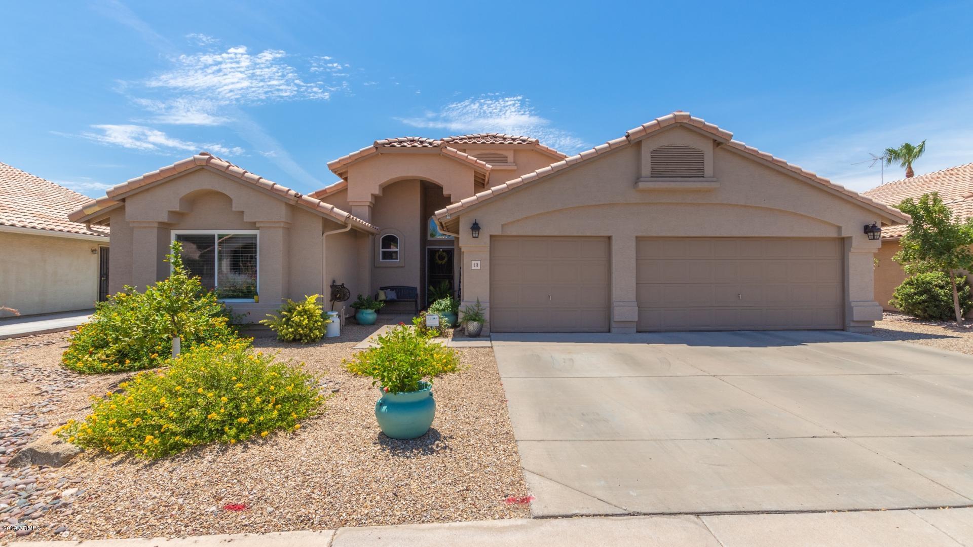 Photo of 611 W NAVARRO Avenue, Mesa, AZ 85210