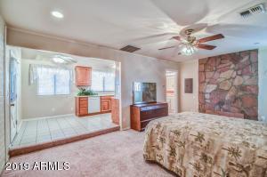 466 N 22ND Place, Mesa, AZ 85213