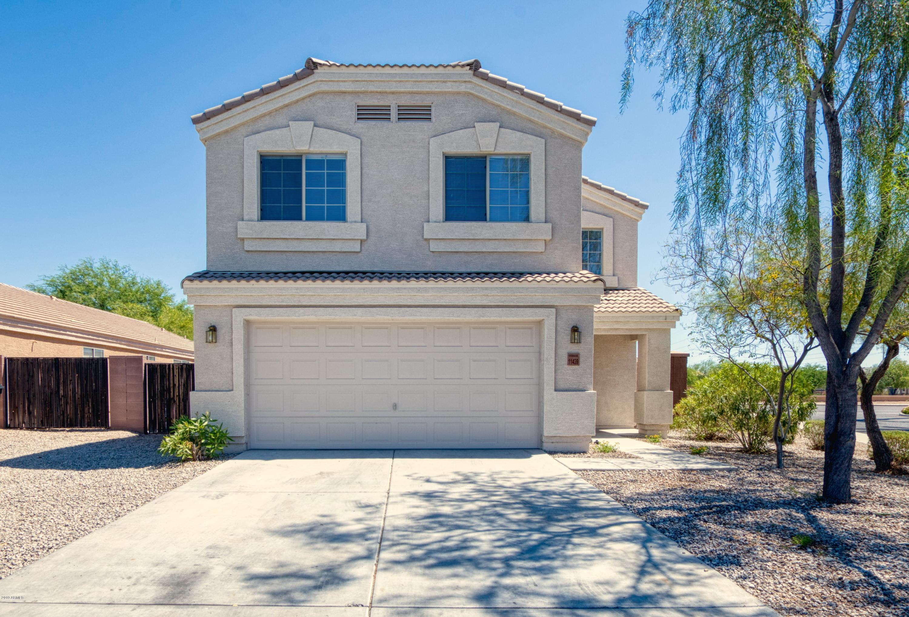 11439 W ASHLEY CHANTIL Drive, Surprise, Arizona