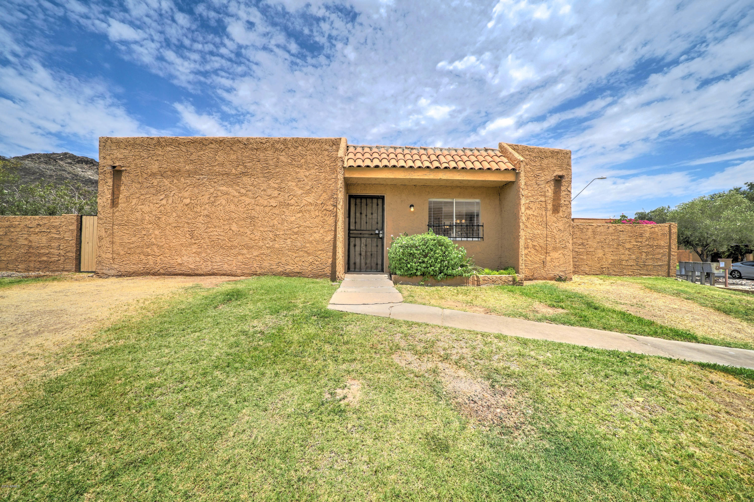 10220 N 7th Place, Phoenix North in Maricopa County, AZ 85020 Home for Sale