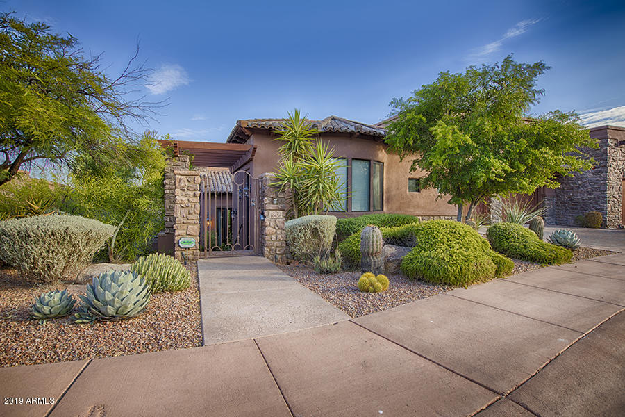 10436 N VILLA RIDGE Court, one of homes for sale in Fountain Hills