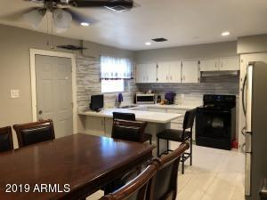 6102 W EARLL Drive, Phoenix, AZ 85033
