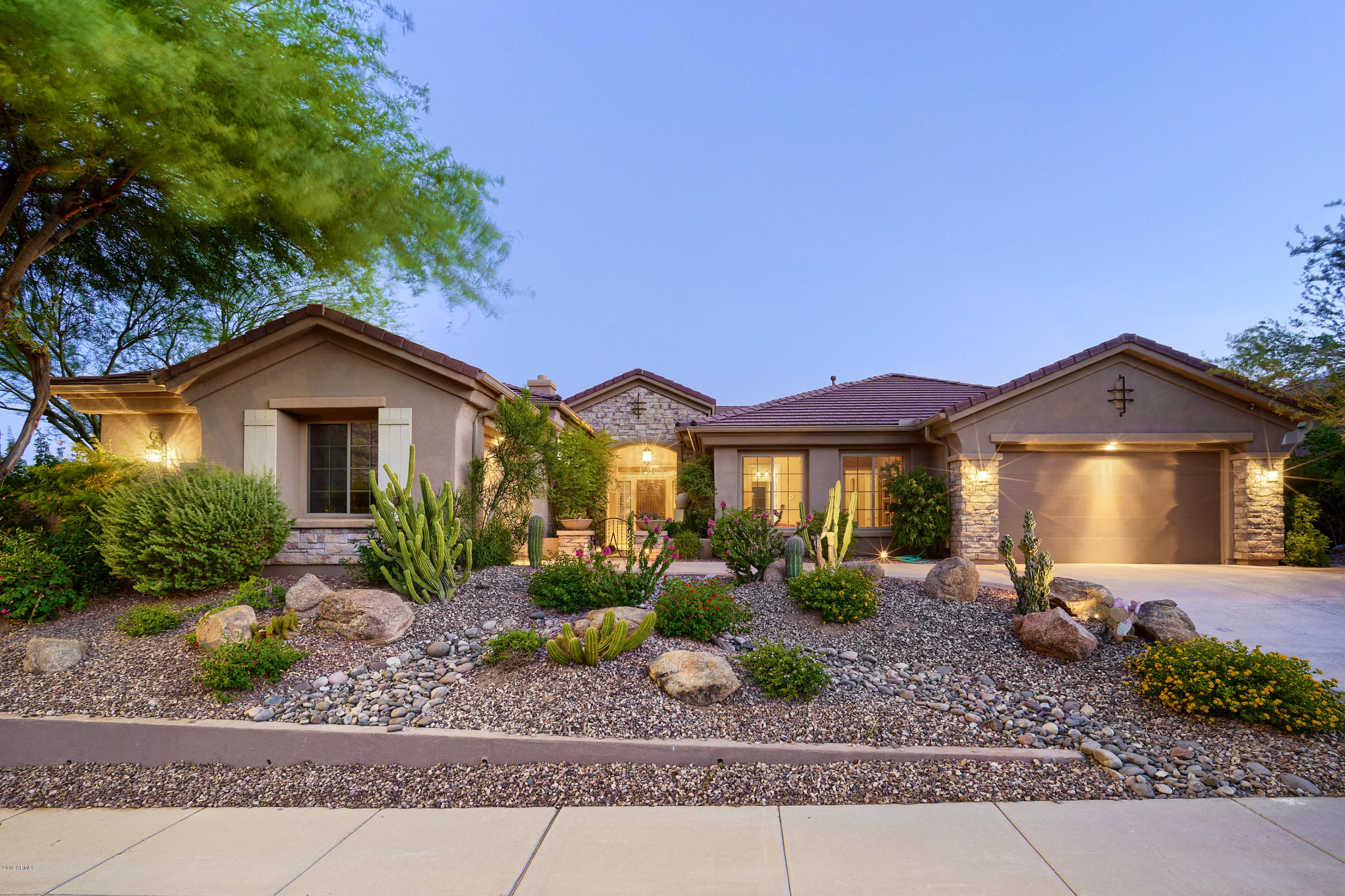 1641 W SILVER PINE Drive, Phoenix North, Arizona