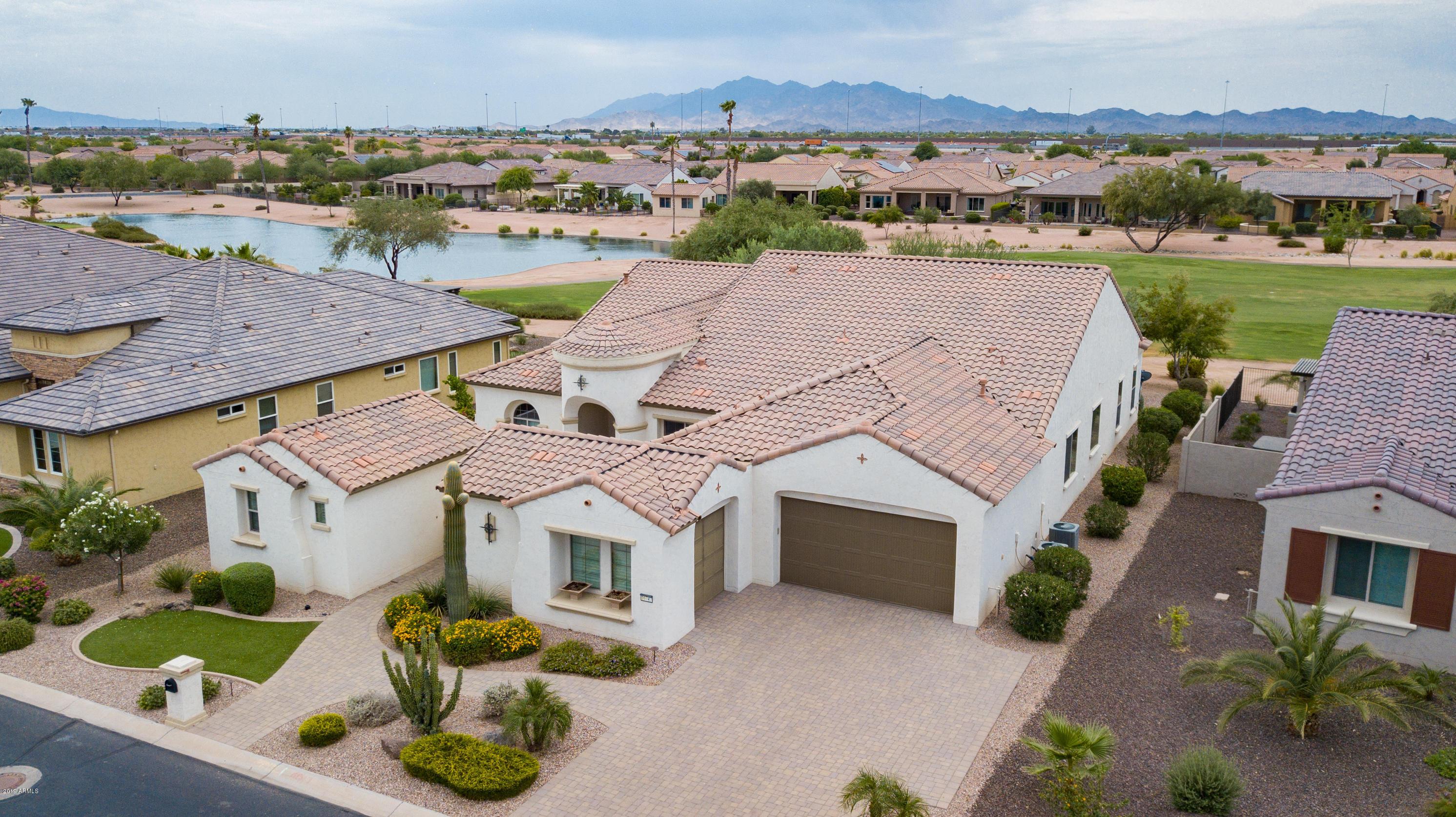 Photo of 16747 W HOLLY Street, Goodyear, AZ 85395