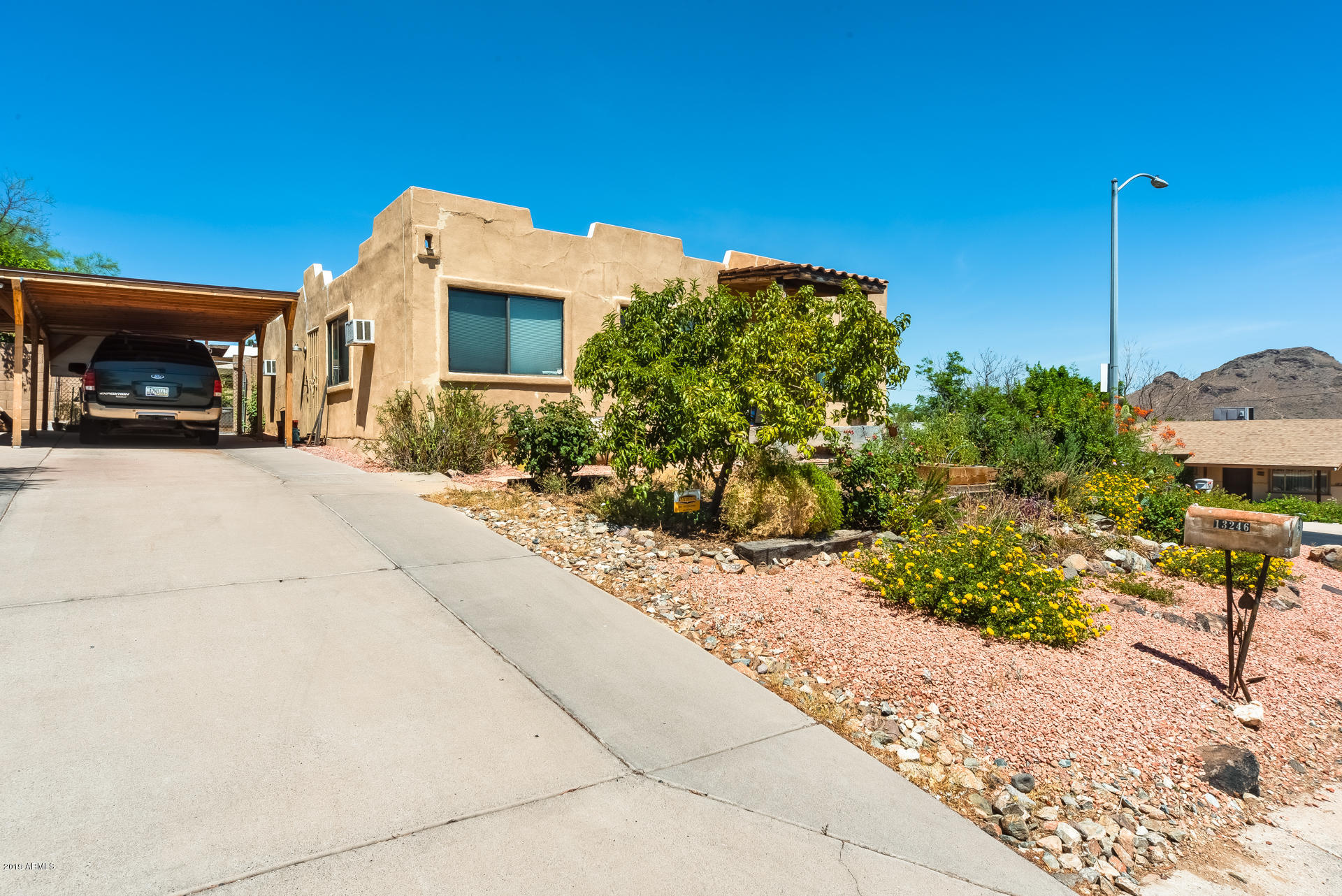Photo of 13246 N 18TH Place, Phoenix, AZ 85022
